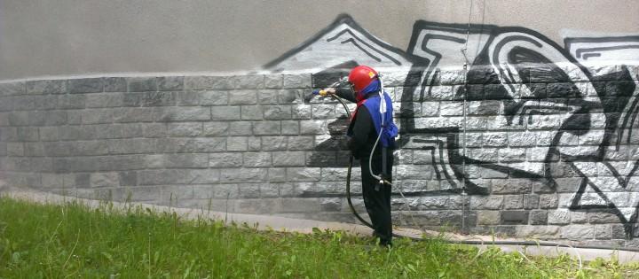 Odstranění graffity pískováním v Praze