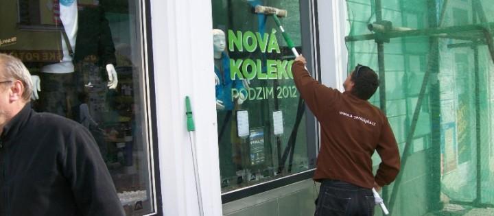 Mytí oken a výloh Praha